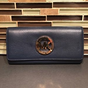 Michael Kors Pebble Leather Blue Wallet